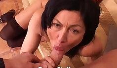Cougar Milf Masturbates During Sextape