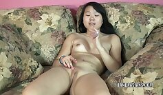 Asian trap hottie gets an extra nice toy from geezer