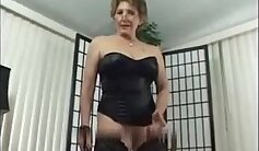 Amateur granny fucks with guy she met