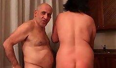 Amateur mature couples having solejob