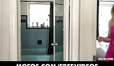 amateur blonde in the bathroom with a stranger