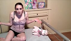 Cuckhold spy bondage diclette with daddy getting sucked