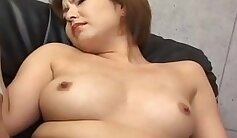 Beautiful Japanese babe gets her wet pussy fingered by sodomies bro