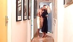 Big story-what role does nasty blonde MILF play till she reaches orgasms
