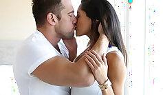 Big Breasted Latina Maria Blaze Fingering Her Pussy
