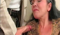 Awesome big mature slut pussy toying outdoor